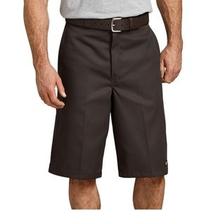 "13"" Loose Fit Multi-Use Pocket Work Shorts,"